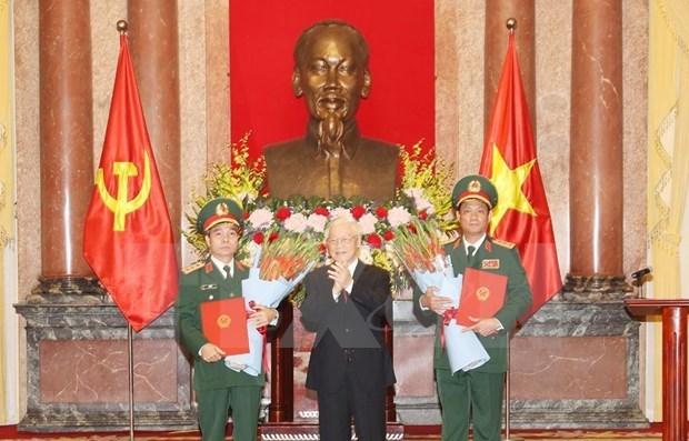 Le president nomme deux nouveaux generaux de corps d'armee hinh anh 1