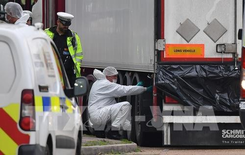 L'ambassade du Royaume-Uni fait le point sur la tragegie pres de Londres hinh anh 1