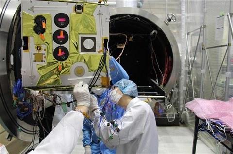 Le Vietnam fabrique son propre satellite d'observation radar de la Terre hinh anh 2