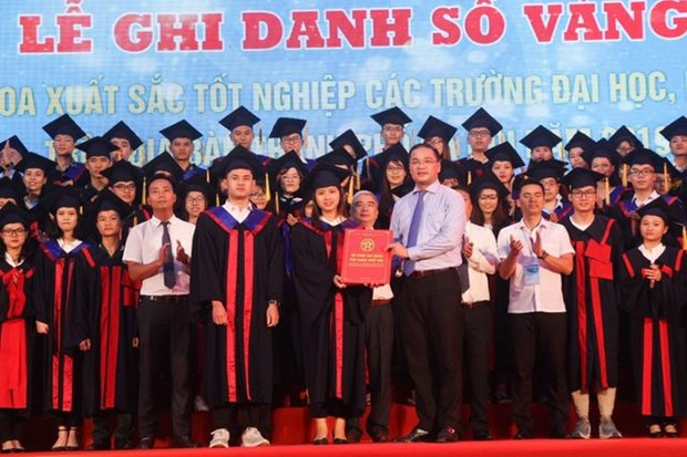 Hanoi honore ses diplomes exceptionnels hinh anh 1