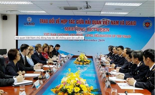 Les douanes renforcent la cooperation contre les fraudes sur l'origine hinh anh 1