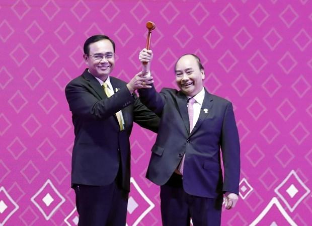 Le 35e Sommet de l'ASEAN s'acheve, le Vietnam assume la presidence hinh anh 2