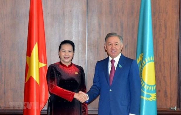 Kazakhstan : Le president du Majilis attendu au Vietnam hinh anh 1