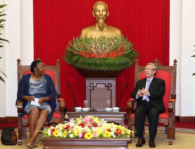 Un responsable du Parti souligne les liens avec le Mozambique hinh anh 1