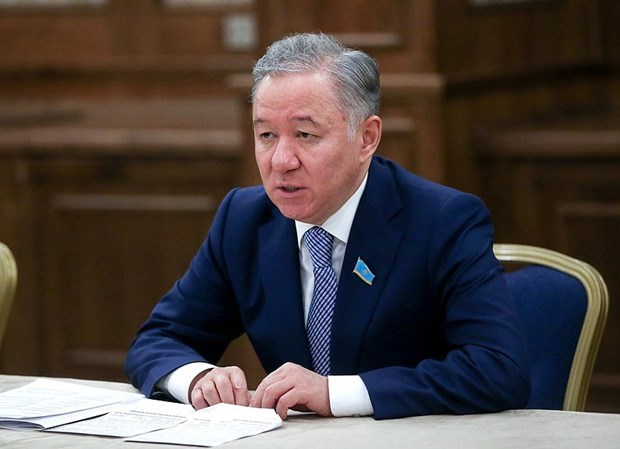 Le president du Majilis du Kazakhstan entame sa visite au Vietnam hinh anh 1