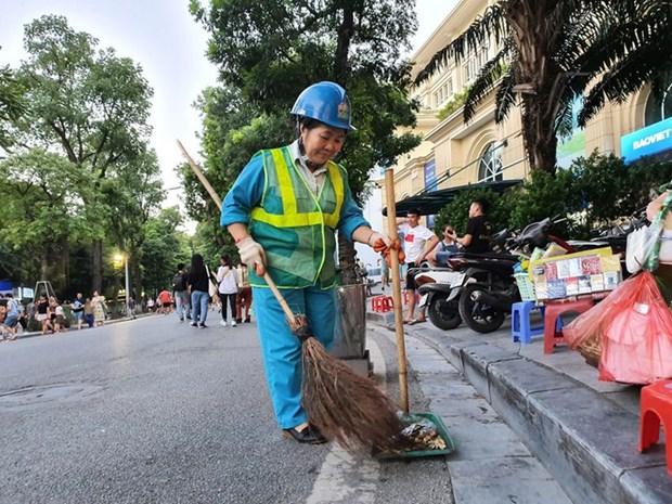 Nguyen Thi Thanh Hieu, gardienne de la proprete de Hanoi hinh anh 1