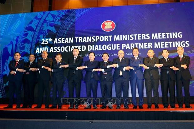 La reunion des ministres des Transports de l'ASEAN a Hanoi hinh anh 1