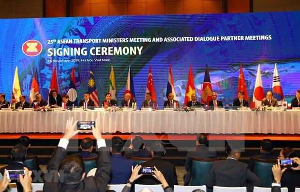 L'ASEAN et le Japon renforcent leur cooperation dans les transports hinh anh 1