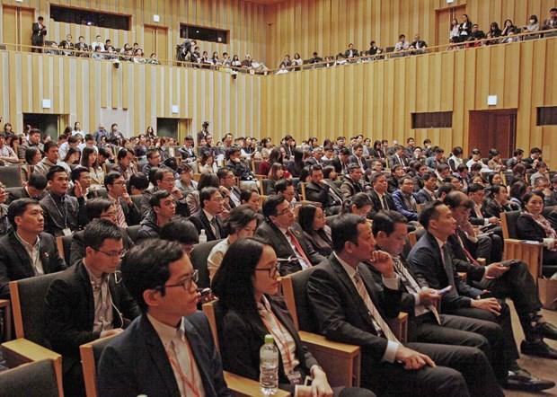 Des intellectuels vietnamiens au Japon discutent de la politique «Make in Vietnam» hinh anh 1
