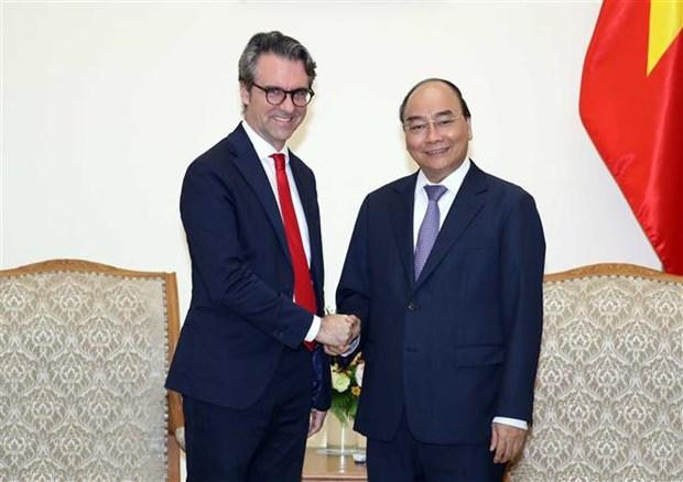 Le Premier ministre recoit le chef de la Delegation de l'UE au Vietnam hinh anh 1