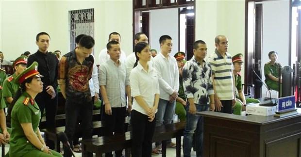 Trois condamnes a mort pour trafic de stupefiants et d'armes hinh anh 1