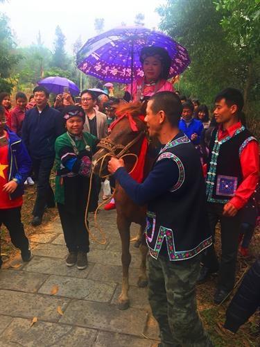 Le mariage Bo Y hinh anh 2