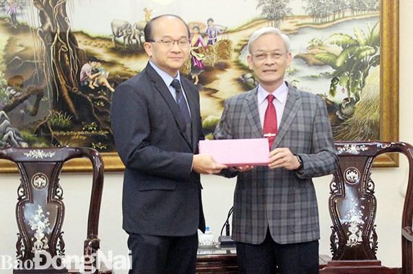 Des entreprises singapouriennes elargissent leur investissement a Dong Nai hinh anh 1