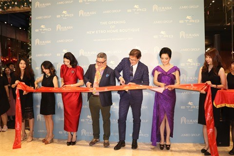 L'italien Etro Home ouvre son premier showroom au Vietnam hinh anh 1