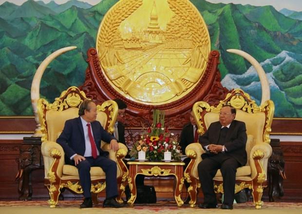 Le vice-PM Truong Hoa Binh rencontre les plus hauts dirigeants lao hinh anh 1