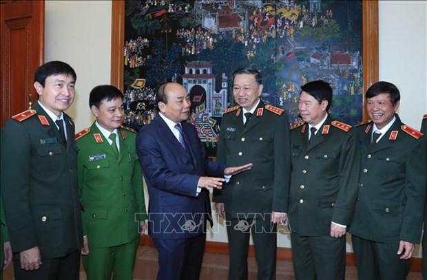 Le PM exhorte les forces de police populaire a promouvoir leurs acquis hinh anh 2