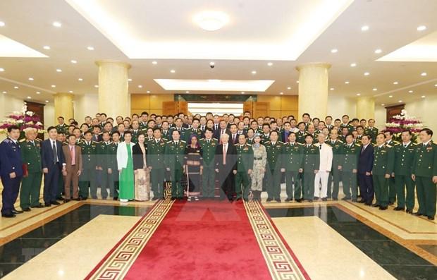 Le leader du PCV exhorte l'armee a montrer la voie en empechant «l'auto-evolution» hinh anh 1