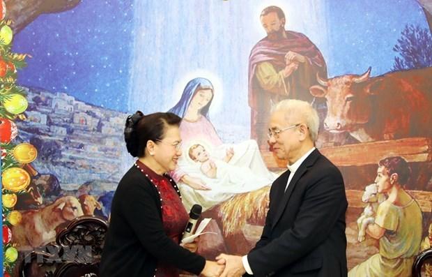 Nguyen Thi Kim Ngan salue les contributions du Comite de solidarite des catholiques hinh anh 1