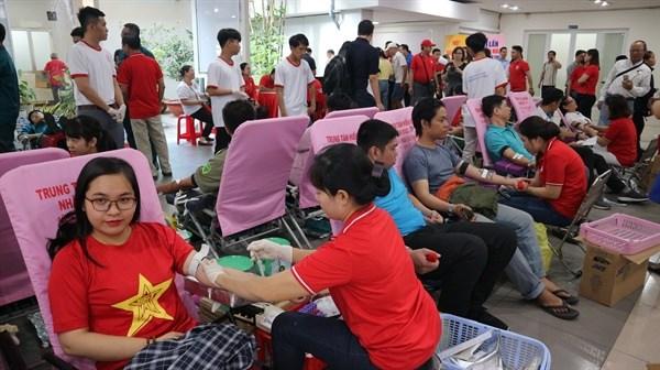 HCM-V: Lancement de la Fete du printemps rouge 2020 hinh anh 1