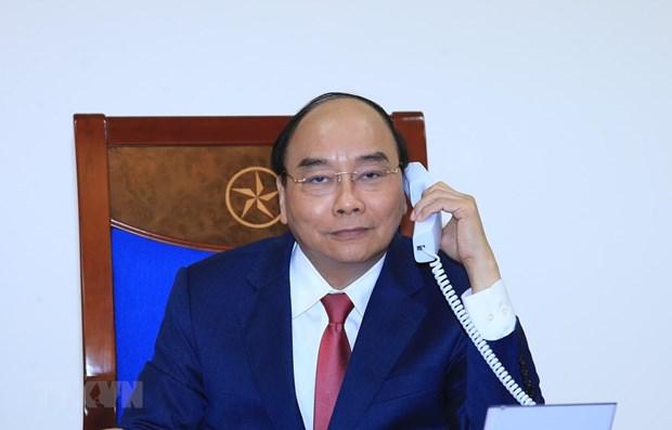 Conversation telephonique entre Nguyen Xuan Phuc et Dmitri Medvedev hinh anh 1