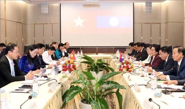 Le Vietnam et le Laos renforcent de la cooperation dans les affaires ethniques hinh anh 1
