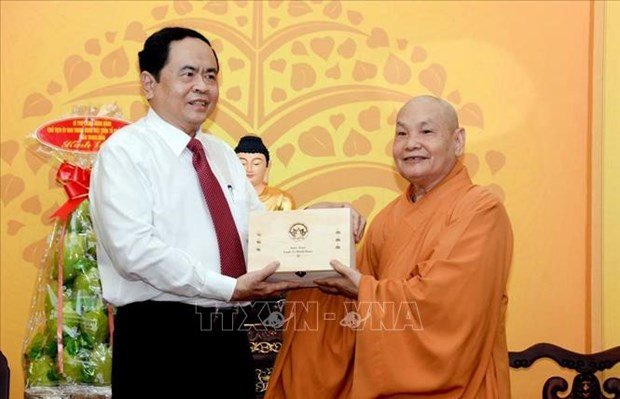 Le president du CC du FPV souligne les contributions des bouddhistes au developpement national hinh anh 1