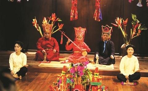 A la rencontre des artisanes gardiennes de l'esprit et de la vitalite du then hinh anh 1