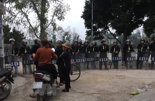 Police de Hanoi : Le Dinh Kinh mort en tenant une grenade a la main hinh anh 1