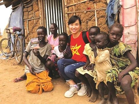 Une femme Casque Bleu vietnamienne fiere et heureuse de sa mission hinh anh 1