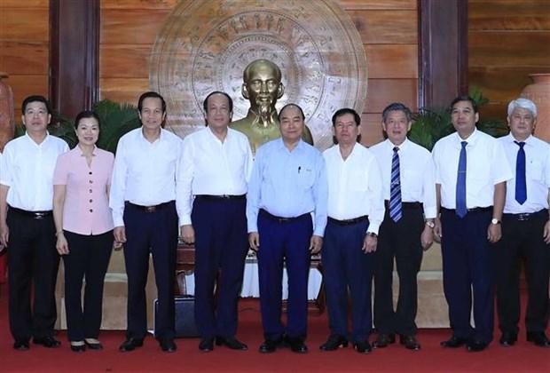 Le Premier ministre en visite de travail a Tra Vinh hinh anh 1
