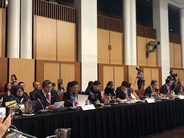 La delegation vietnamienne participe activement a l'APPF 28 hinh anh 1