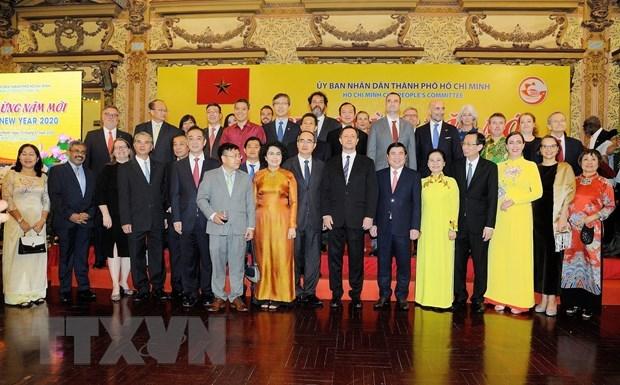 Ho Chi Minh-Ville apprecie les apports des amis internationaux hinh anh 1