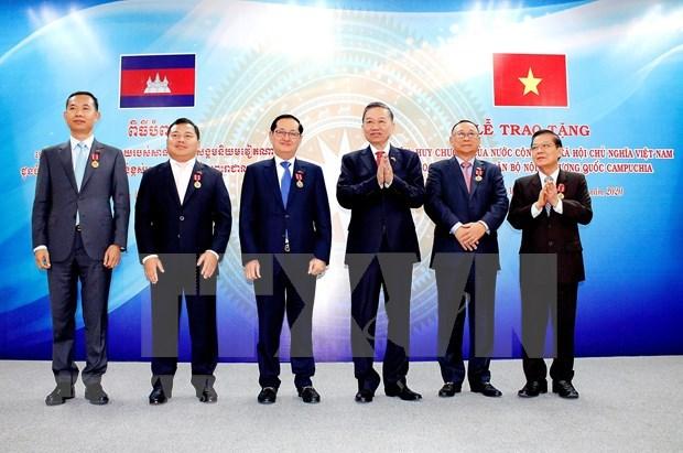 Vietnam et Cambodge promeuvent la cooperation dans l'assurance de la securite hinh anh 1