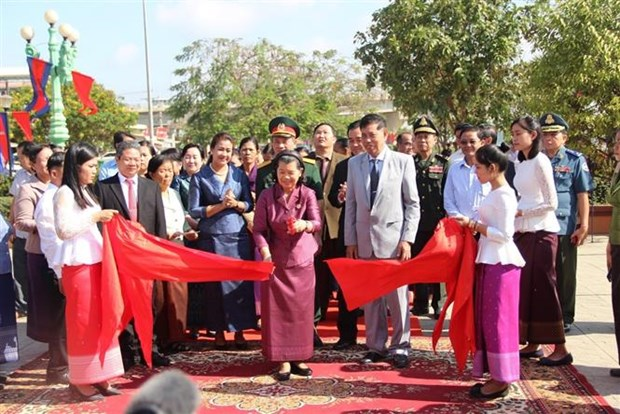 Inauguration d'un autre monument de l'amitie Vietnam-Cambodge hinh anh 1