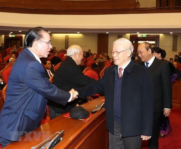 Nouvel an lunaire : rencontre d'anciens hauts dirigeants du Parti et de l'Etat hinh anh 1