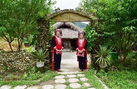 Le succes des jeunes Dao Rouge dans le tourisme communautaire hinh anh 1
