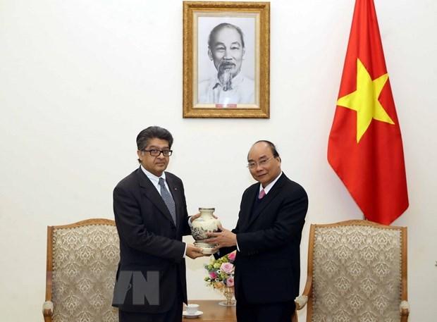 Le PM Nguyen Xuan Phuc recoit les ambassadeurs de Malaisie et d'Armenie hinh anh 2
