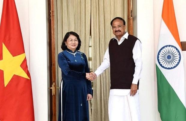 Entretien entre les vice-presidents vietnamien et indien a New Delhi hinh anh 1