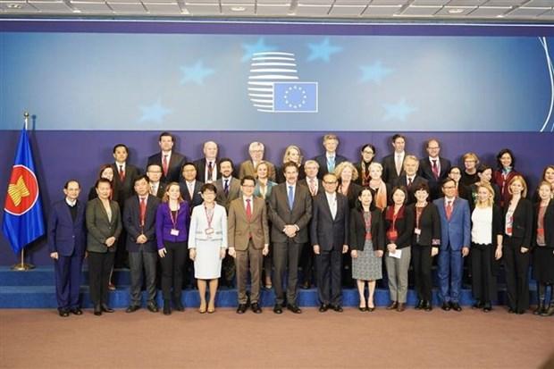 L'UE affirme son soutien pour le role central de l'ASEAN hinh anh 1