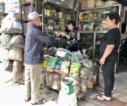 Visite guidee de Lan Ong, la rue de la pharmacopee orientale hinh anh 2