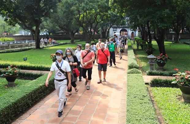 Les touristes europeens affluent toujours au Vietnam hinh anh 1