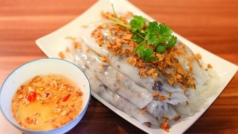 Le banh cuon nong, une gourmandise de l'hiver hinh anh 1