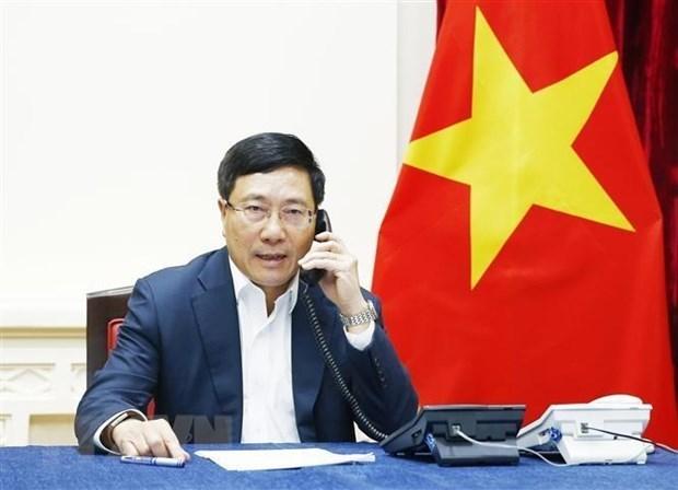 Pham Binh Minh s'entretient par telephone avec la ministre sud-coreenne des AE hinh anh 1