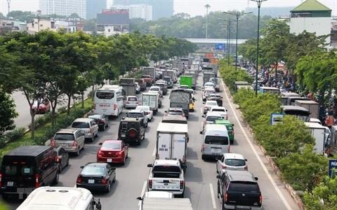 De nombreuses solutions pour reduire la congestion du trafic routier hinh anh 1
