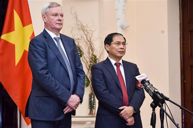 Intensification de la cooperation Vietnam-Russie au sein des forums internationaux hinh anh 1