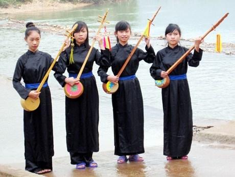 Chez les Tay de Binh Lieu, le dan tinh donne le ton hinh anh 1