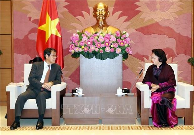 Des dirigeantes vietnamiennes recoivent l'ambassadeur japonais sortant hinh anh 1