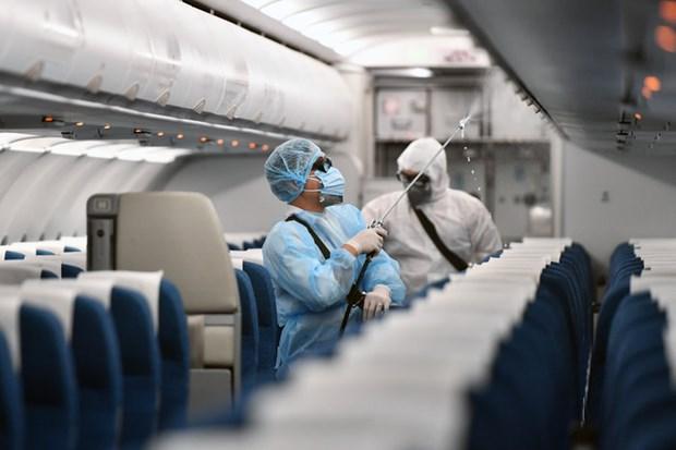 Deux vols supplementaires avec des passagers positifs au coronavirus hinh anh 1
