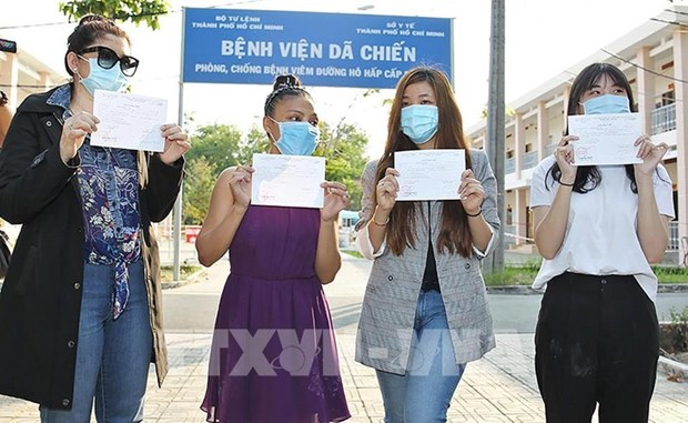 La lutte anti-coronavirus au Vietnam : la presse etrangere en parle hinh anh 1