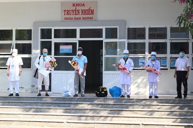 Deux patients de COVID-19 a Ninh Thuan se retablissent hinh anh 1